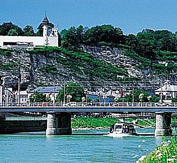 Panorama Stadtrundfahrt mit Bus und Schiff